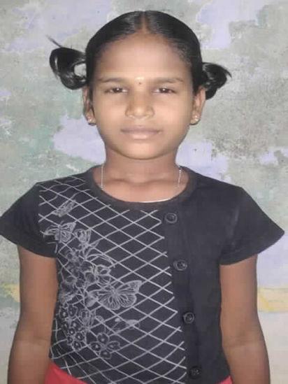 Image of Meenatchi